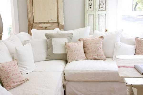 Poduszki w pastelowych kolorach