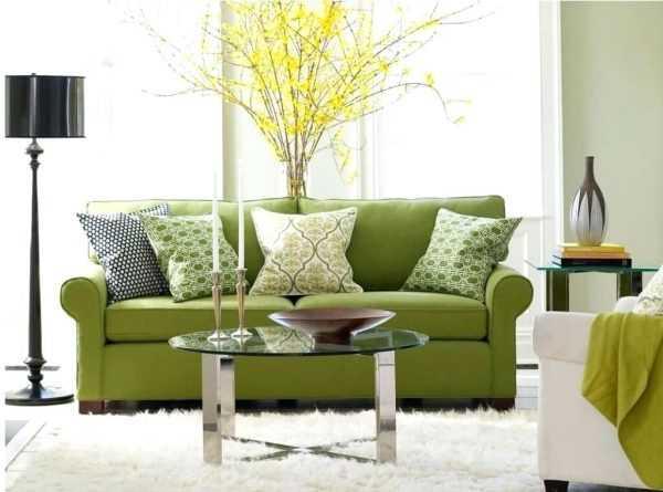 Sofa pistacjowa we wnętrzu