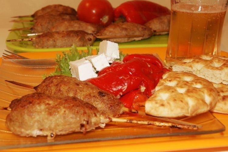 Kebab z mielonego mięsa wieprzowego - co gotować przepisy z mielonej wieprzowiny