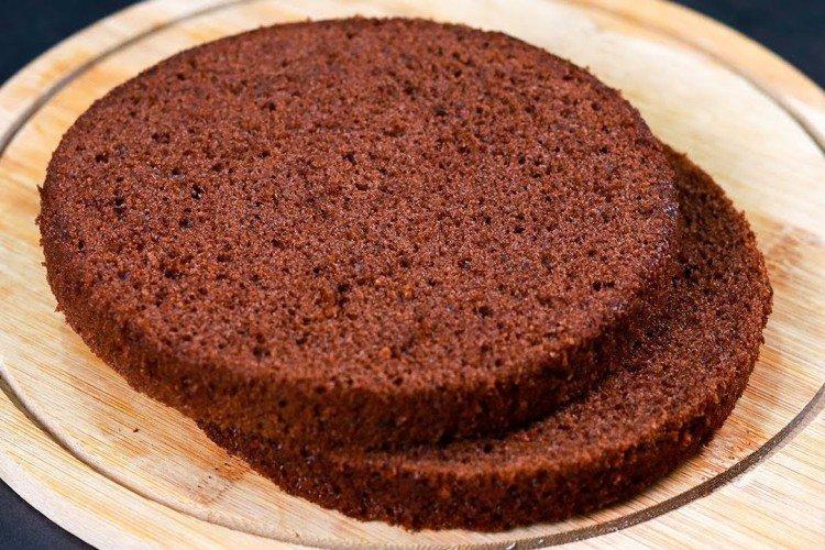 Biszkopt czekoladowy z kefirem