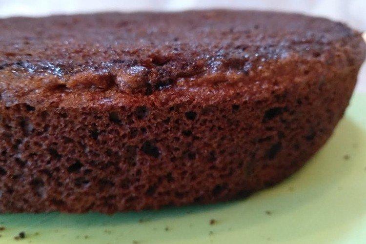 Biszkopt czekoladowy na patelni