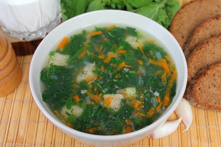 Zupa szczawiowa z kluskami