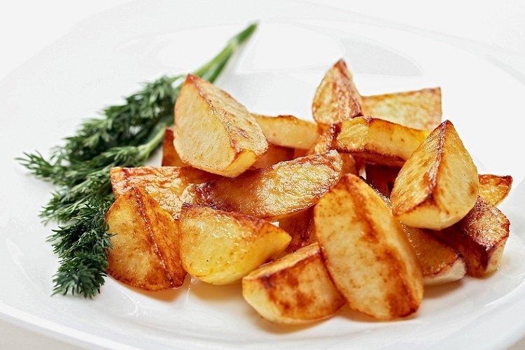 Smażone ziemniaki na maśle