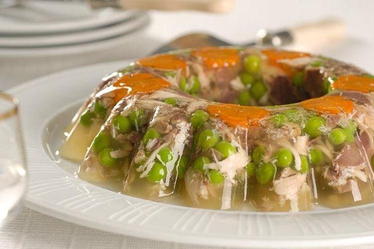 Galaretka z kurczaka z podrobami - przepisy kulinarne