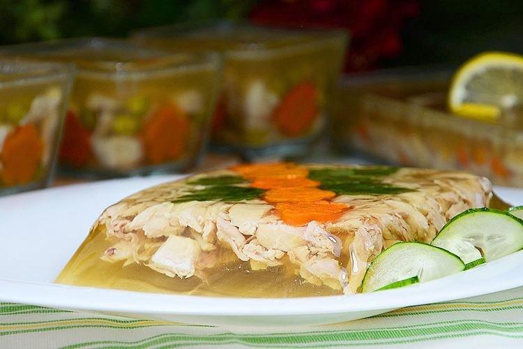 Galaretka z kurczaka i indyka - przepisy kulinarne