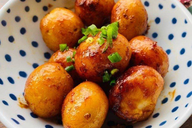 Ziemniaki w sosie sojowym - Jak gotować ziemniaki na przepisy noworoczne